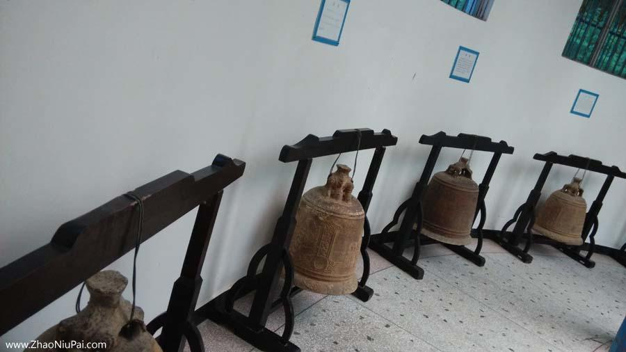 明清铁钟,连平县博物馆藏