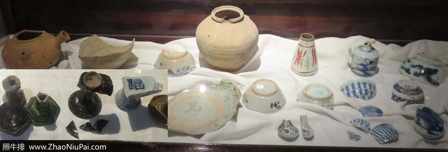 在贡院旧址发掘的考生遗物:碗、茶壶、油灯,还有便盆